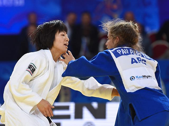 女子個人48kg級決勝 浅見 八瑠奈選手 vs P.PARETO選手�B