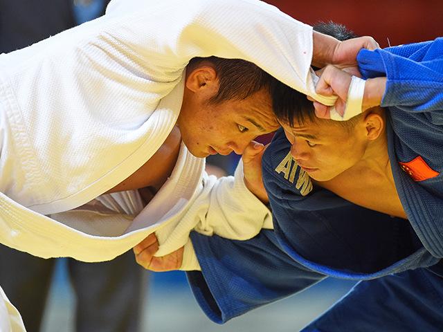 男子66kg級 2回戦 海老沼匡 vs D.MA
