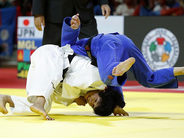 女子48kg級 決勝 渡名喜風南 vs U.MUNKHBAT