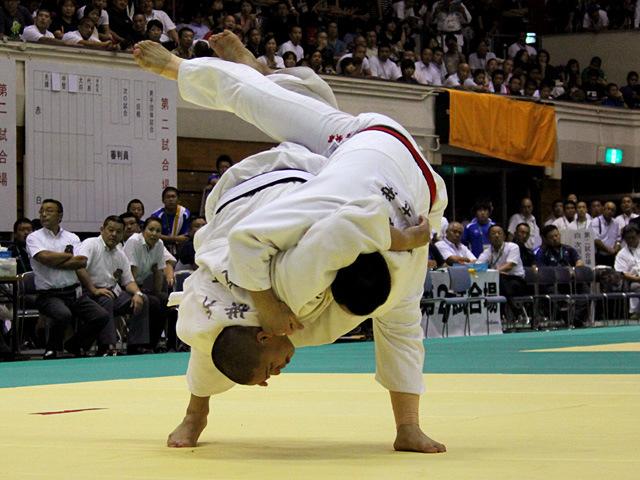 100kg級 渡辺大樹 vs 横井勝哉