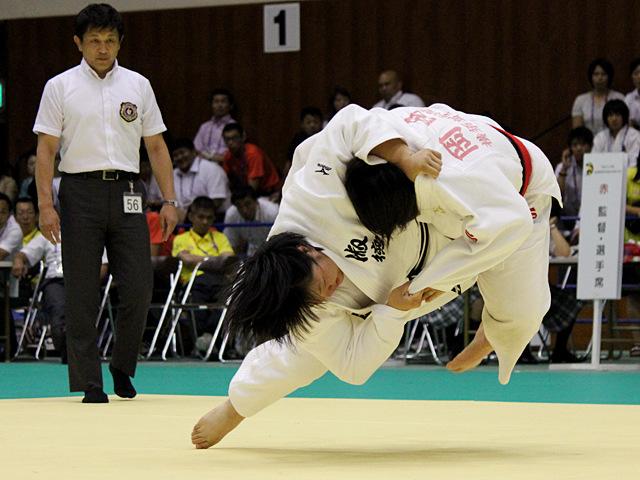 78kg超級 岡田彩加 vs 井上舞子