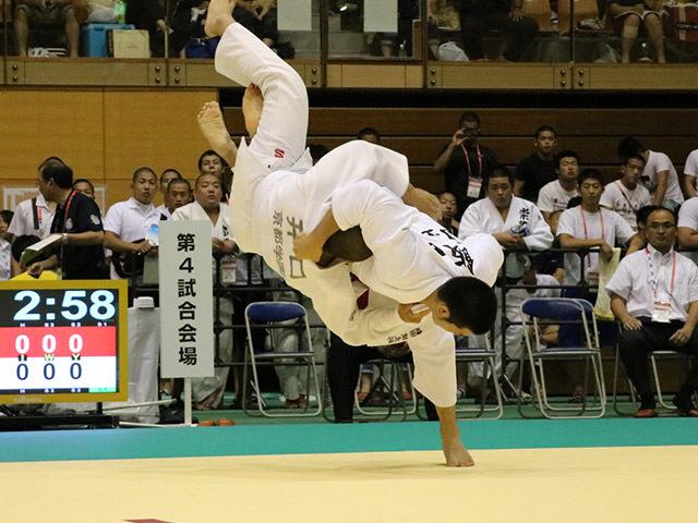 100kg級 飯田健太郎 vs 井口大毅
