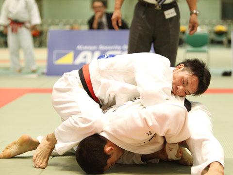 男子73kg級準決勝 太田慶一−大野将平�B
