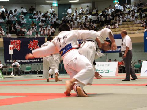 男子81kg級準決勝 片岡仁−安田知史�A