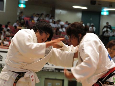 女子70kg級準決勝 ヌンイラ華蓮−川戸郁香�A