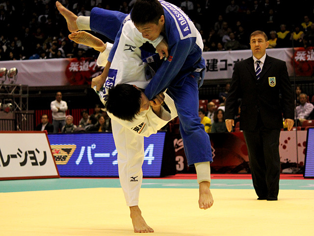 男子60kg級3位決定戦 志々目徹vsA.DASHDAVAA