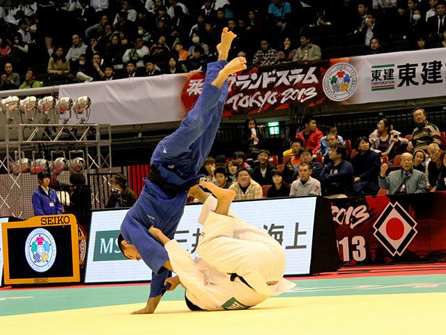 男子73kg級準々決勝 中矢力vsP.DUPRAT