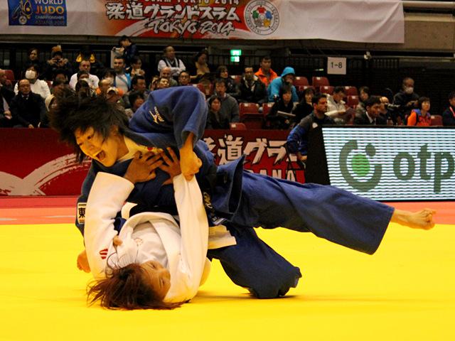 女子48kg級 2回戦 浅見八瑠奈vsO.GALBADRAKH