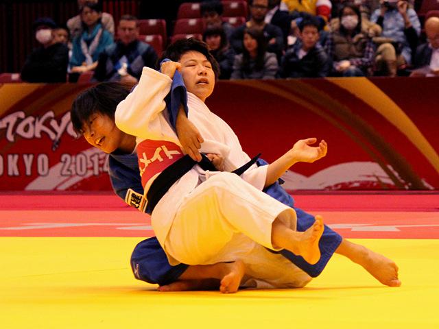 柔道グランドスラム東京2014 女子48kg級 準決勝 近藤亜美 vs B.JEONG