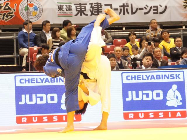 女子70kg級 準々決勝 新井千鶴 vs M.PEREZ