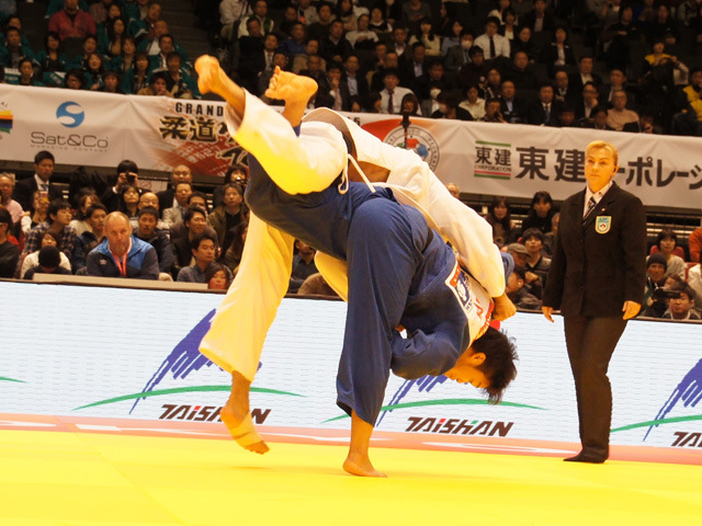 男子100kg級 準決勝 羽賀龍之介 vs E.GASIMOV
