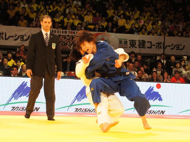 柔道グランドスラム東京2015 女子48kg級 決勝 近藤亜美 vs 浅見八瑠奈�@