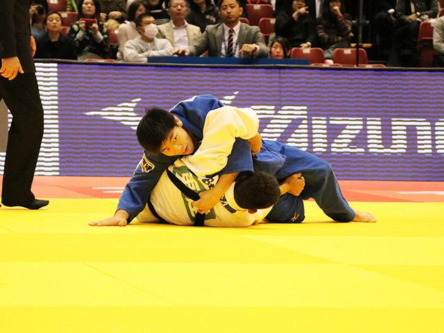 男子73kg級 1回戦 中矢力 vs E.BARBOSA