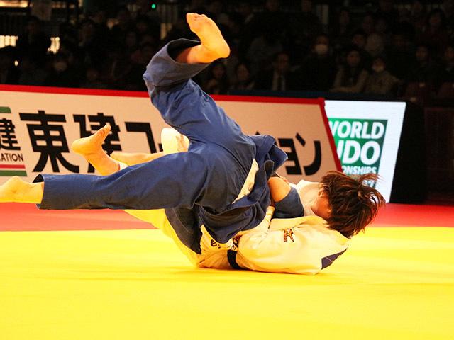 女子70kg級 決勝戦 新添左季 vs 新井千鶴
