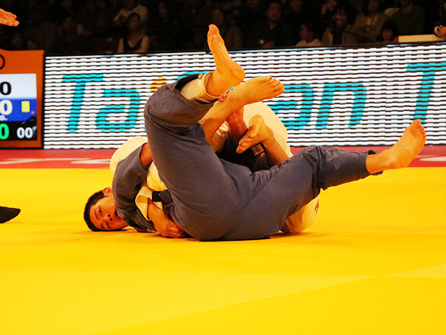 100kg級 飯田健太郎 vs G.MINASKIN