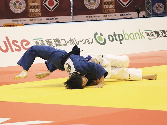 57kg級 芳田司 vs 山本杏