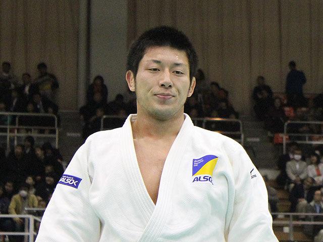 男子100kg級優勝