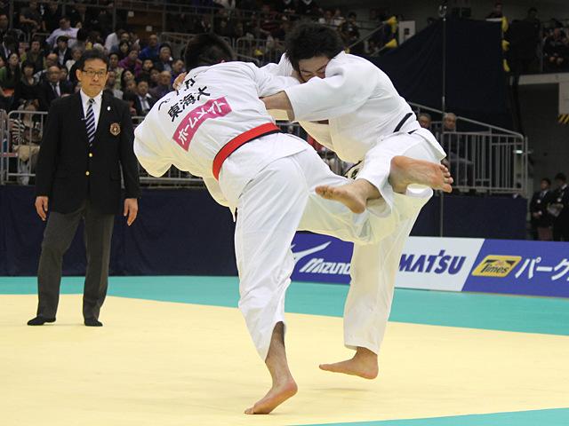 男子90kg級決勝戦_ベイカー茉秋vs吉田優也�@