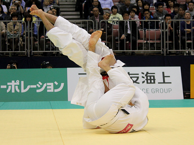 男子90kg級決勝戦_ベイカー茉秋vs吉田優也�A