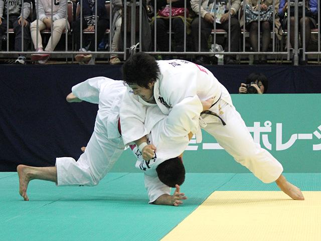 男子90kg級決勝戦_ベイカー茉秋vs吉田優也�C