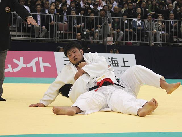 男子100kg超級決勝戦_西潟健太vs王子谷剛志�C