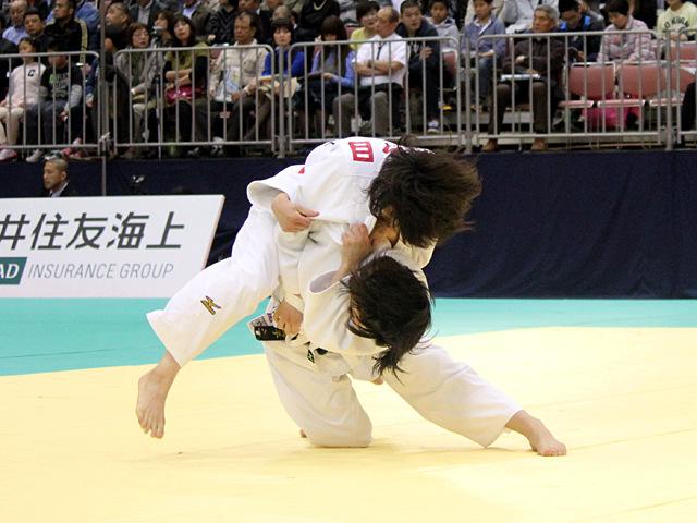 女子52kg級1回戦_志々目愛vs内尾真子