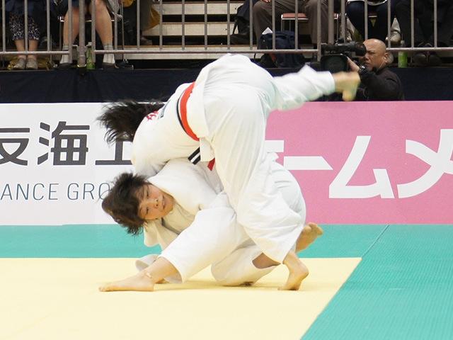 女子63kg級決勝戦 能智亜衣美vs津金恵�B
