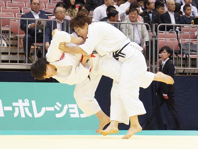 女子70kg級準決勝戦 新井千鶴vs大野陽子