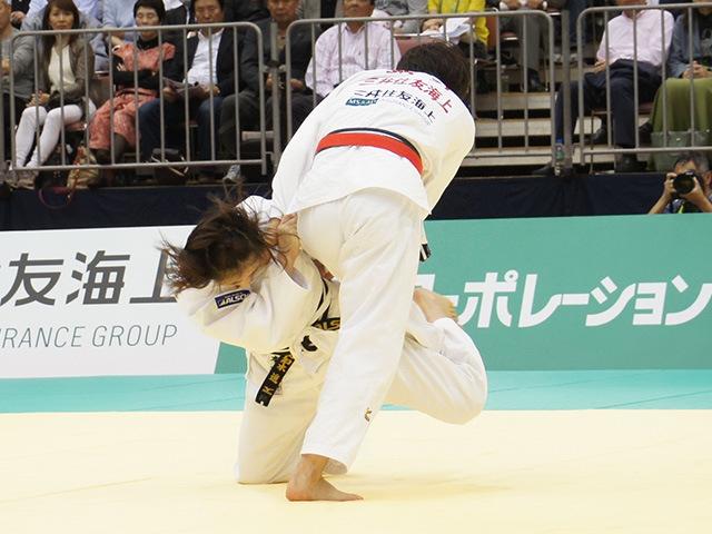 女子70kg級決勝戦 田知本遥vs新井千鶴�B