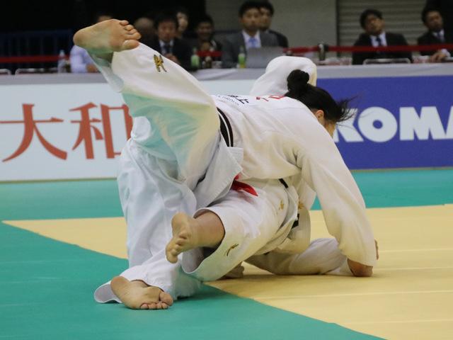 女子63kg級 能智亜衣美 vs 津金恵�A
