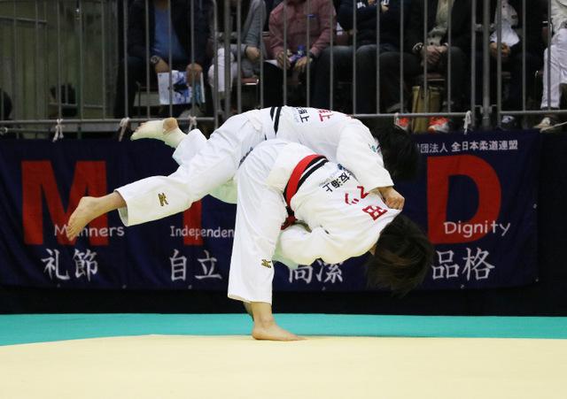 女子57kg級 芳田司 vs 舟久保遥香