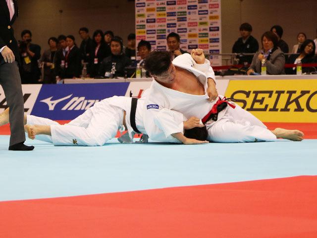 男子90kg級 向翔一郎vs村尾三四郎