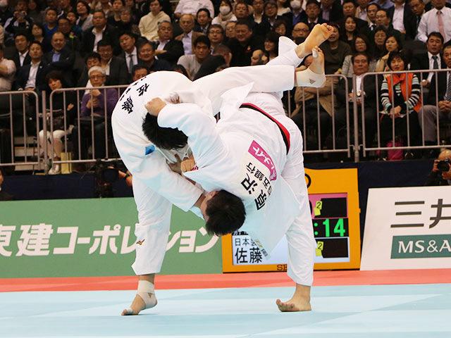 男子100kg超級 原沢久喜vs佐藤和哉