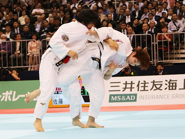 女子78kg級 �M田尚里vs佐藤瑠香
