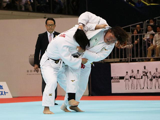 女子78kg超級 朝比奈沙羅vs秋場麻優