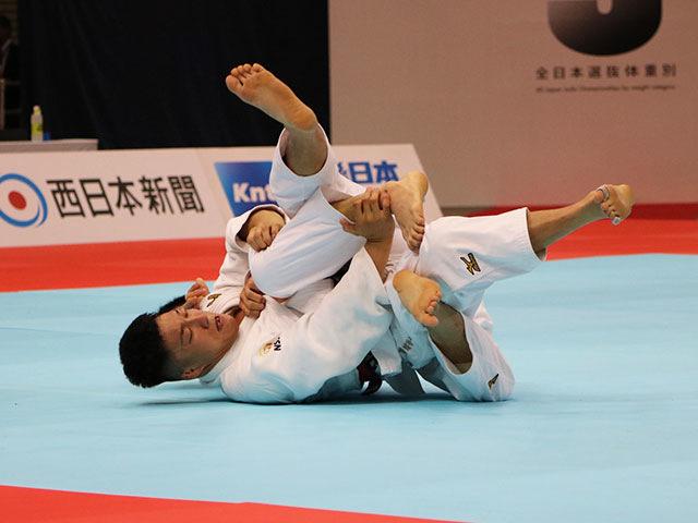 男子81kg級 藤原崇太郎vs永瀬貴規