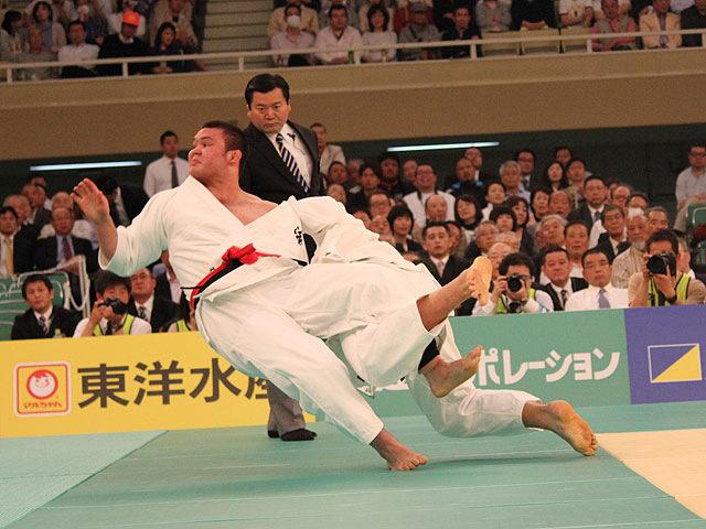 1回戦 高橋和彦 vs ウルフ・アロン