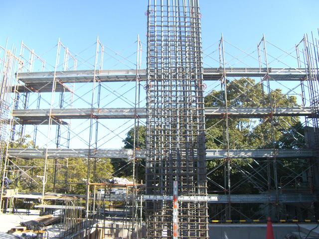 鉄筋工事が始まりました。