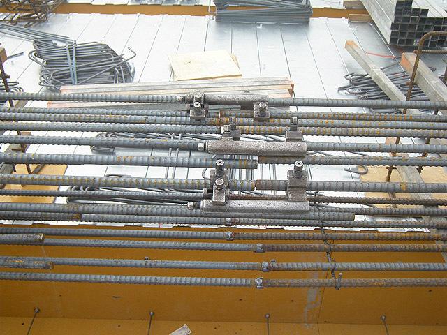 四階梁鉄筋工事です