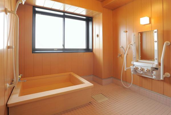 ヒノキ風呂