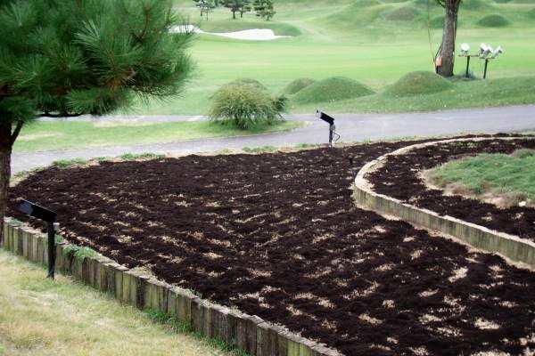 花壇土壌の改善