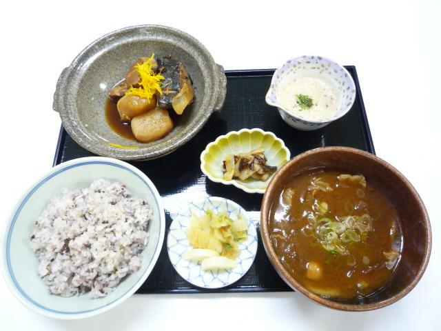 十六穀米定食がかわりました。