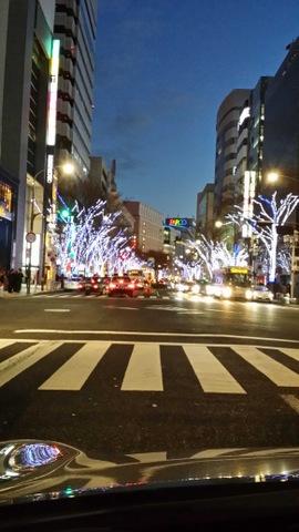 街中クリスマスでいっぱいです!