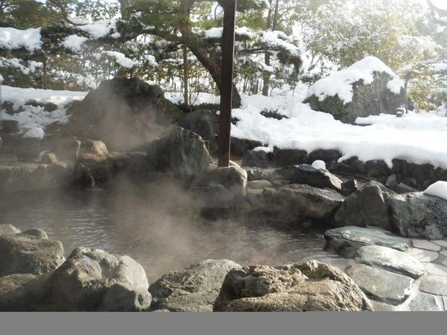 露天風呂の雪景色♪