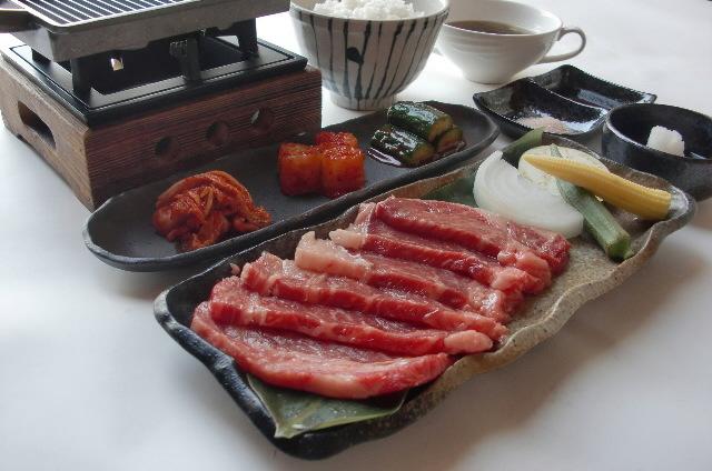 【国産牛ステーキ御膳】はいかかですか?