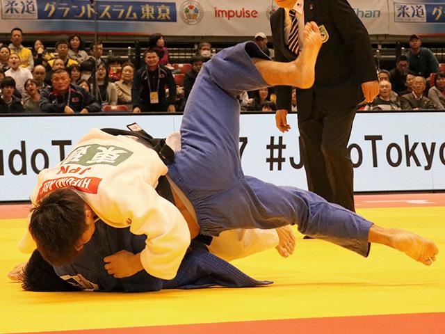 柔道グランドスラム東京2017 男子66kg級 準々決勝戦 阿部一二三 vs T.DAVAADORJ�A