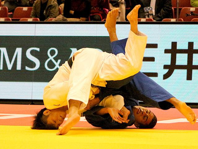 柔道グランドスラム東京2017 男子66kg級 2回戦 阿部一二三 vs J.GAVIDIA MENDOZA