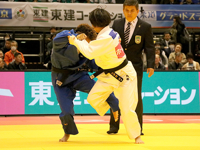 柔道グランドスラム東京2017 女子52kg級 準決勝戦 阿部詩 vs A.BUCHARD�A