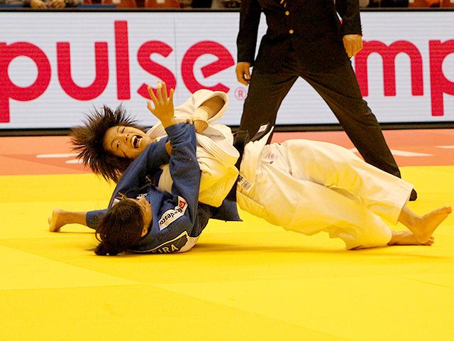 柔道グランドスラム東京2017 女子52kg級 2回戦 阿部詩 vs J.PEREIRA
