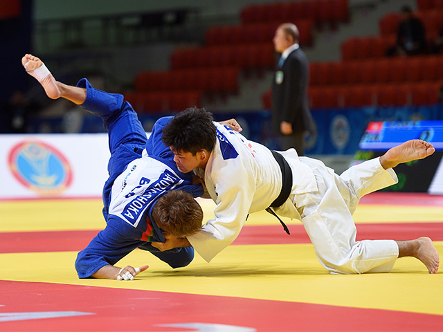 2015年アスタナ世界柔道選手権大会/国別団体戦 男子73kg級 4回戦 大野将平 vs V.SHOKA